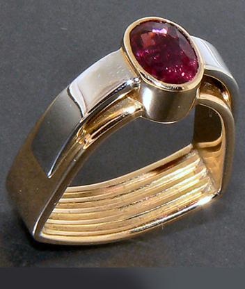 Anello AnelV, Collezione design