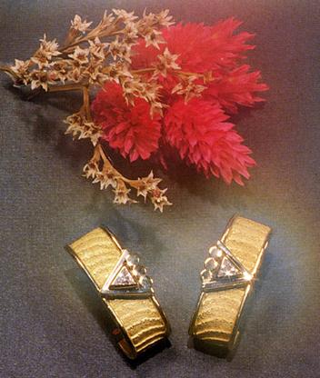 Orecchini osso di seppia, collezione Design